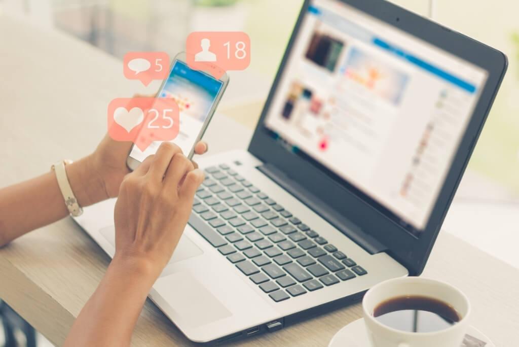 cv e social media